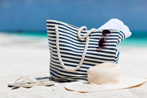 Sacs de plage les 10 meilleurs sacs pratiques et elegantes